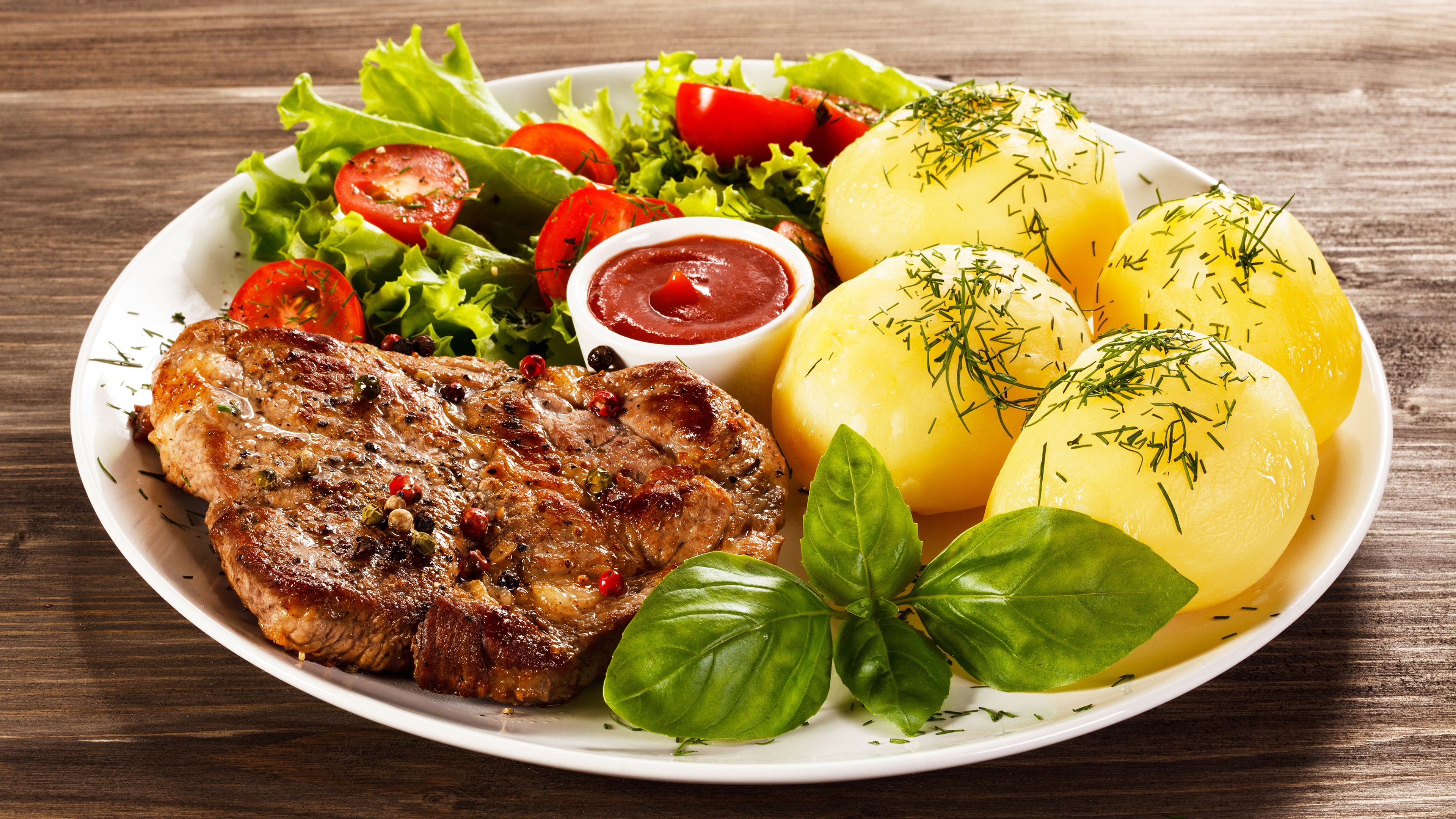 meat, steak, potatoes, salad, tomatoes, tomato sauce.jpg